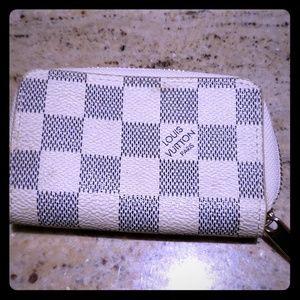Authentic Louis Vuitton Damier Azur Zippy Wallet
